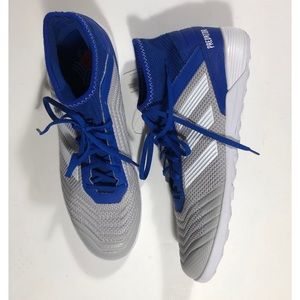 NWT Adidas indoor soccer shoes predator size 10.5.